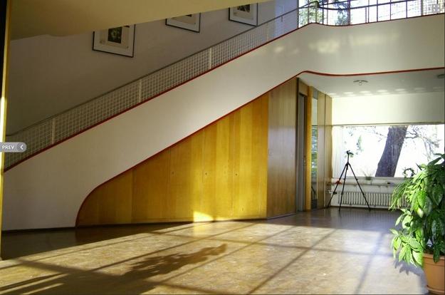 Haus Schminke, Frankfurter Küche. Haus Schminke, Treppe Innen